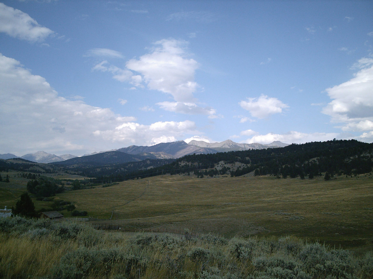 mountain ranch chat sites At 6701 east mountain ranch road in williams, az near grand canyon south rim is the mountain ranch resort at beacon hill rates from $250-$350.